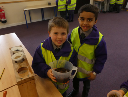 Croxley Green school celebrates World Water Day with local water company