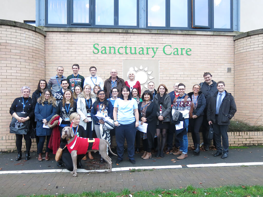 Affinity Water brings the Christmas spirit to Hatfield care home